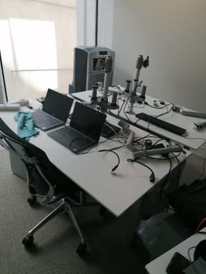 Holmris electric sit stand desk
