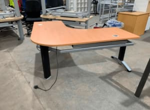 Steelcase Electric height adjustable corner desk