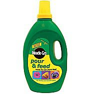 Miracle-Gro Pour & Feed Liquid Plant Food 3 Litres