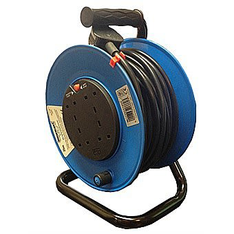 Silverline 25 Metre Extension Cable Reel 240 Volt 13 Amp