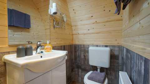 haus-am-grasberg-rhoen-lodges-badezimmer