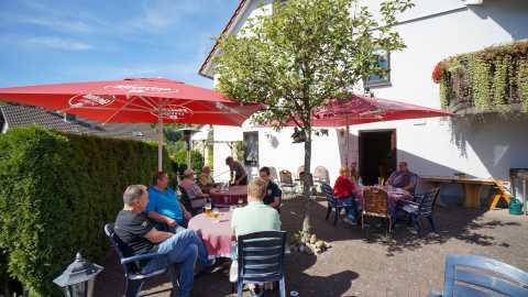 rhoen-gasthof-zum-goldenen-stern-seifert-biergarten
