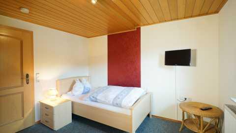rhoen-gasthof-zum-goldenen-stern-seifert-einzelzimmer