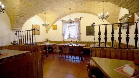 rhoenfuehrer-landgasthof-speisesaal