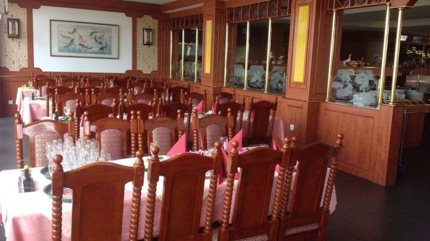 rhoen-restaurant-orchidee-innenbereich
