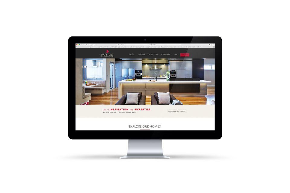 iMac-Cinema-Monitor-RIV 7 V1