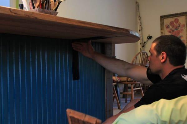 Right Angle Countertop Bracket Installation