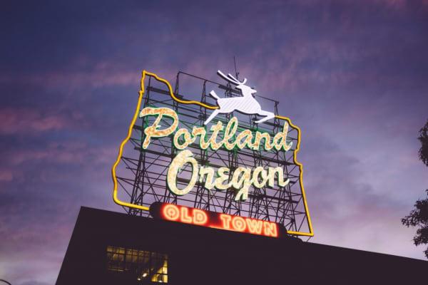 Portland Oregon Right On Bracket