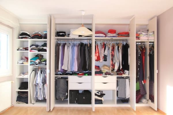 The Benefits of Custom Closets in a Home