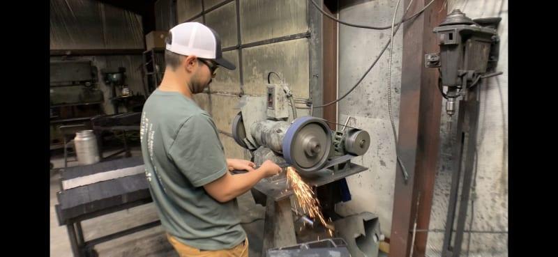 Grinding Steel Countertop Bracket