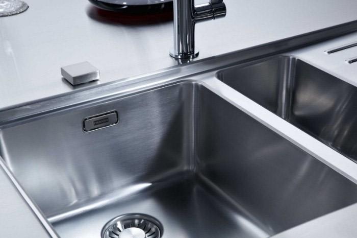 Kjøkkenvask i rustfritt stål