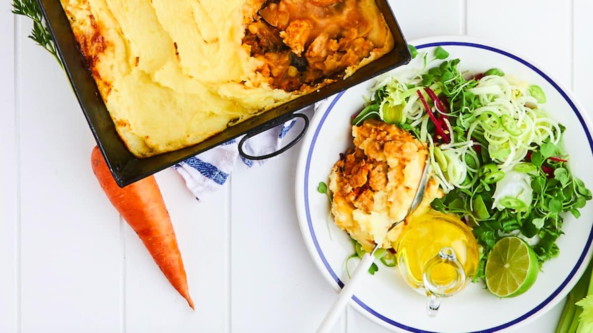 Vistas gaļas un kartupeļu pīrāgs