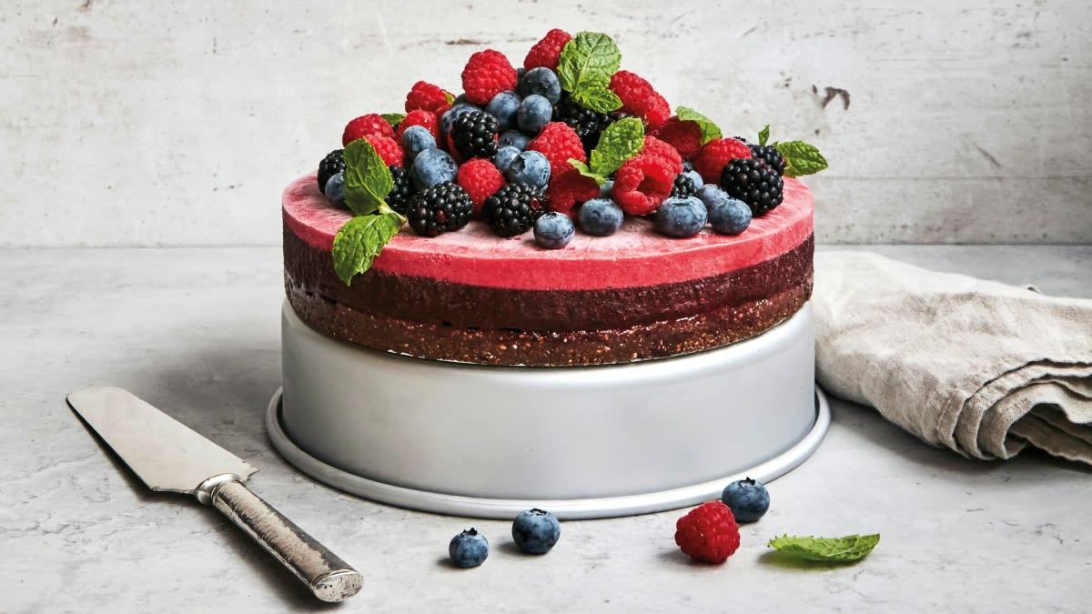 Tortas su grikių pagrindu ir uogų putėsiais