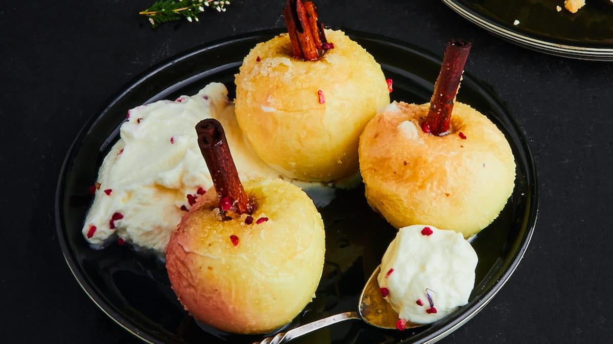 Krāsnī cepti āboli ar kanēli