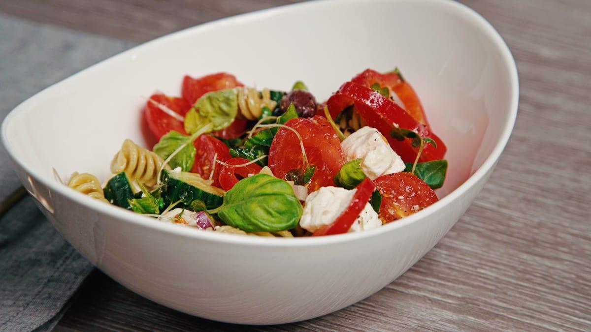 Grieķu salāti ar pastu