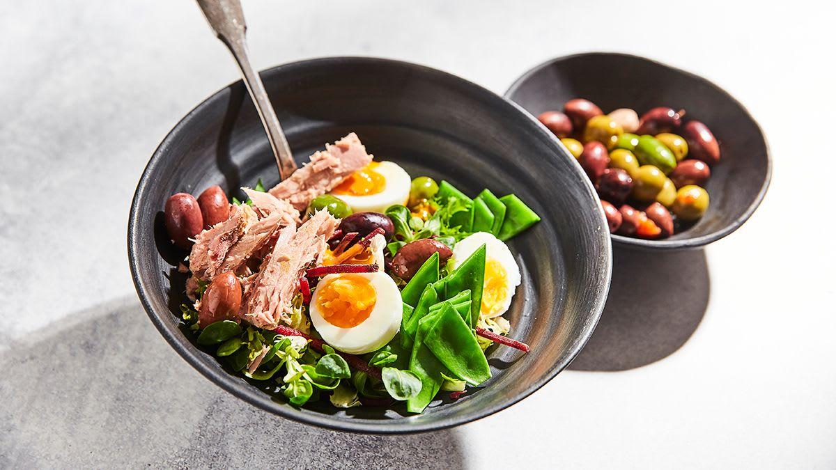 Bistro tunča salāti