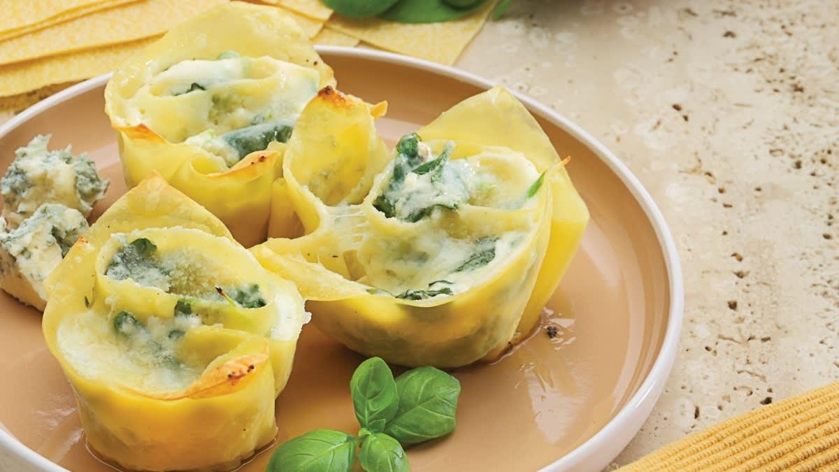Itališka mini lazanija su varške, sūriu ir špinatais