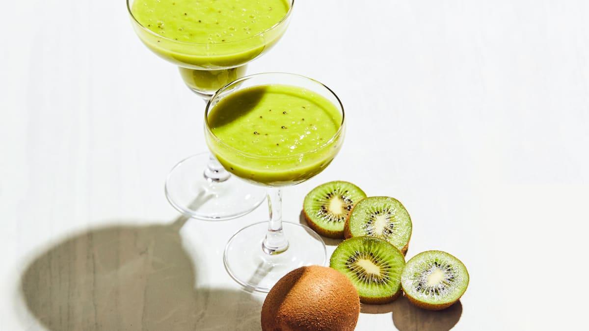 Zaļais veselīgais kivi smūtijs