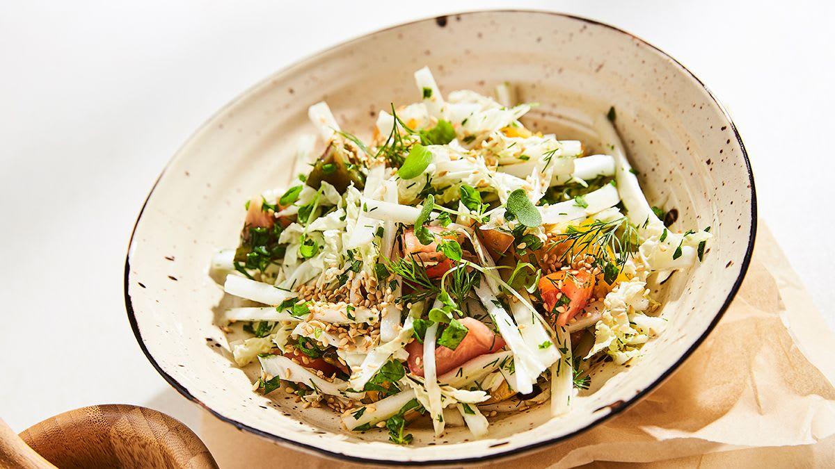 Tomātu un Ķīnas kāpostu salāti