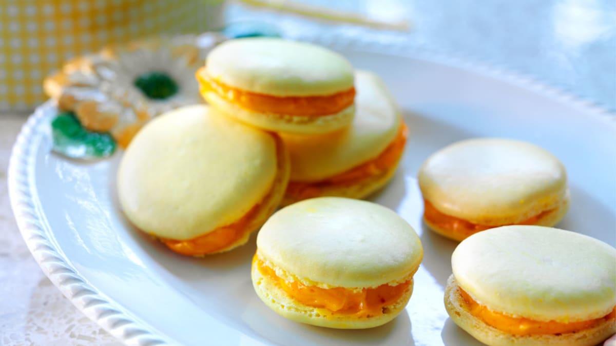 """Migdoliniai sausainiai (""""macarons"""")"""
