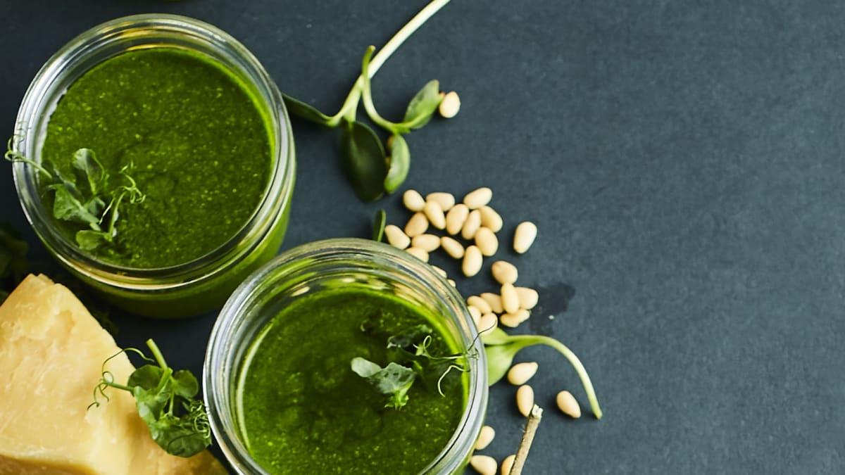 Zaļais mikrosalātu pesto