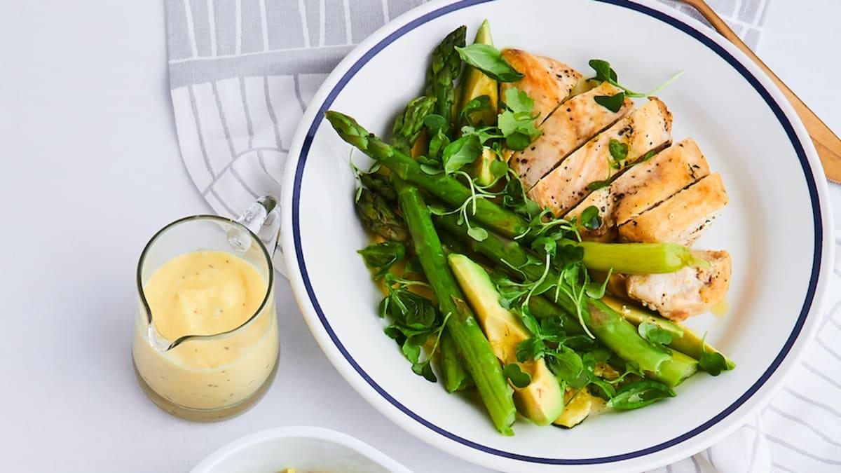 Vistas un sparģeļu salāti