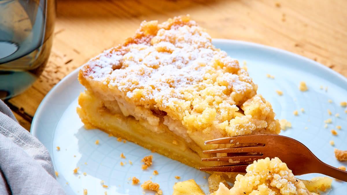 Daniškas trupininis obuolių pyragas