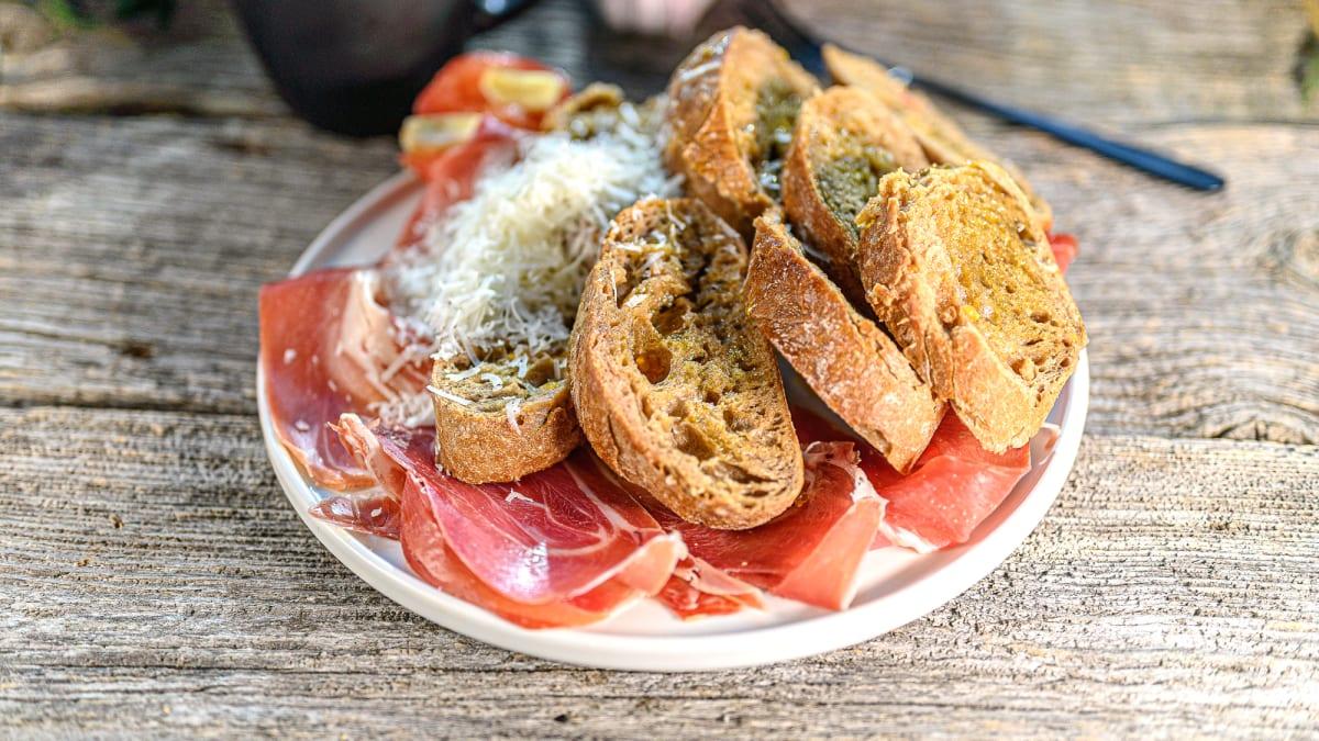 Katalāņu brokastu maize