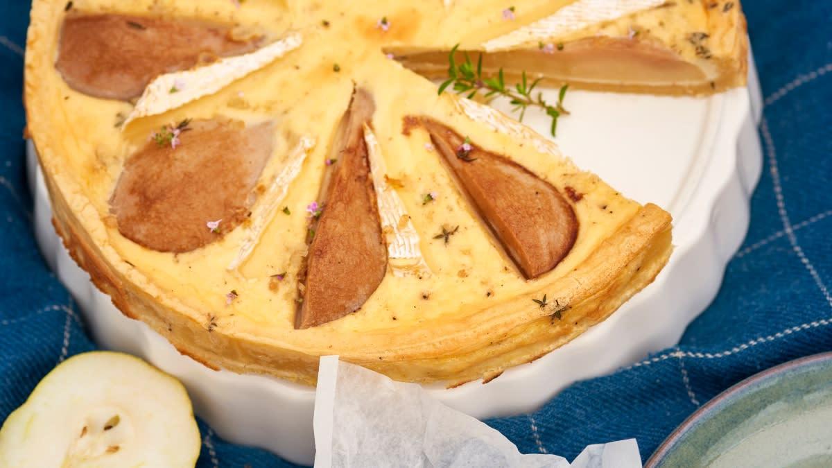 Prancūziškas kišas su sūriu ir Camembert ir kriaušėmis