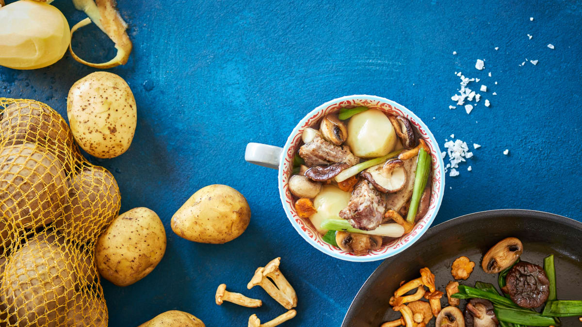Bulvių ir kiaulių šonkaulių troškinys