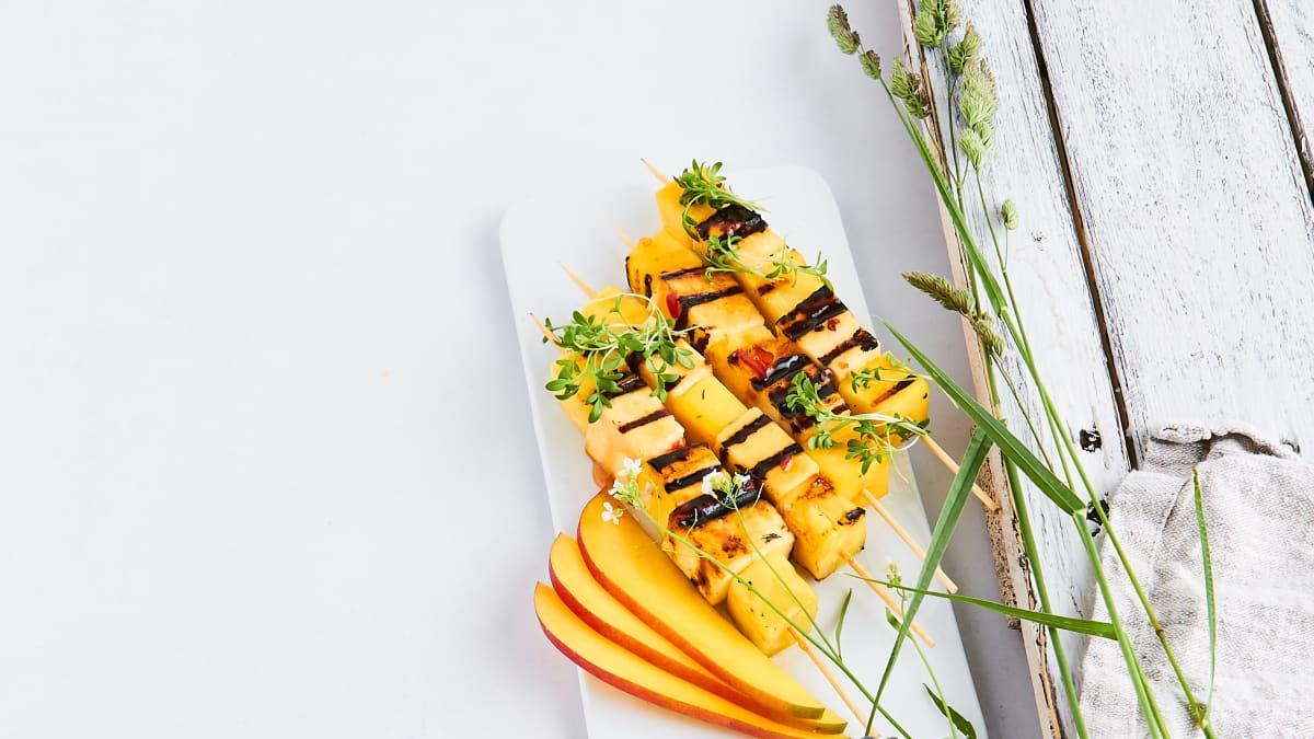 Mango, ananasa un siera iesmiņi