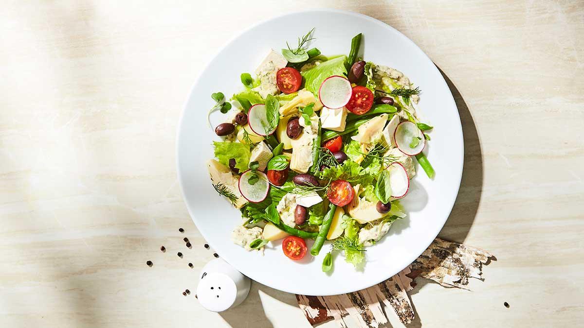 Franču salāti Nicas gaumē (Niçoise)