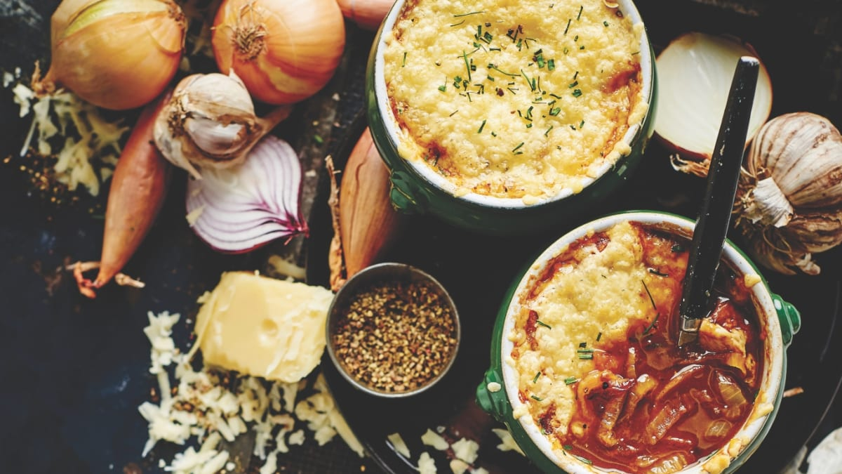 Franču sīpolu zupa