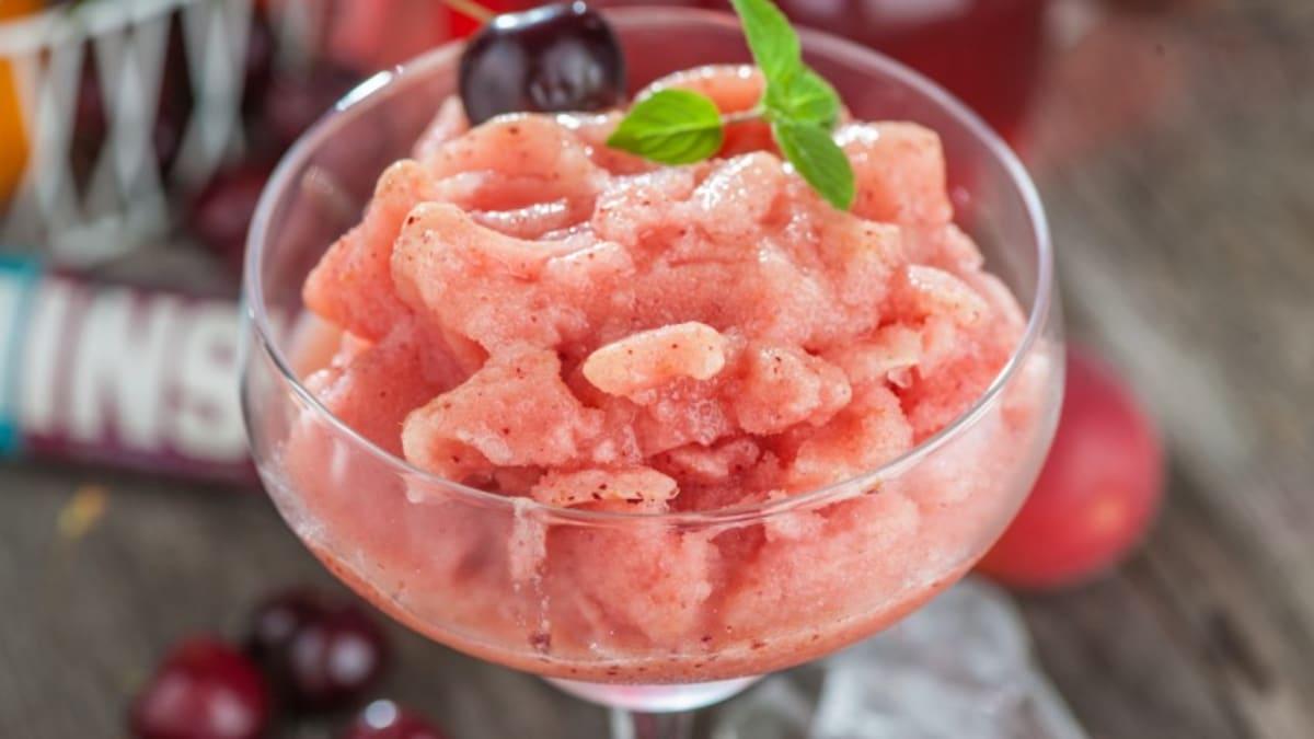 Ķiršu ledus deserts