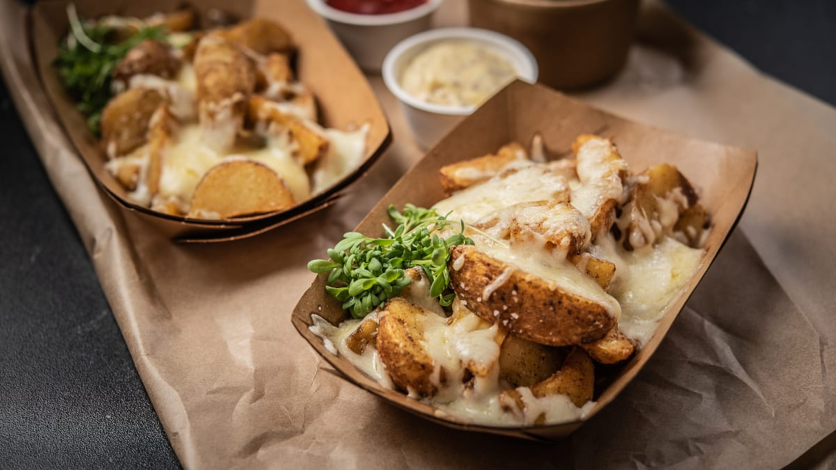 Kartupeļu daiviņas ar sieru