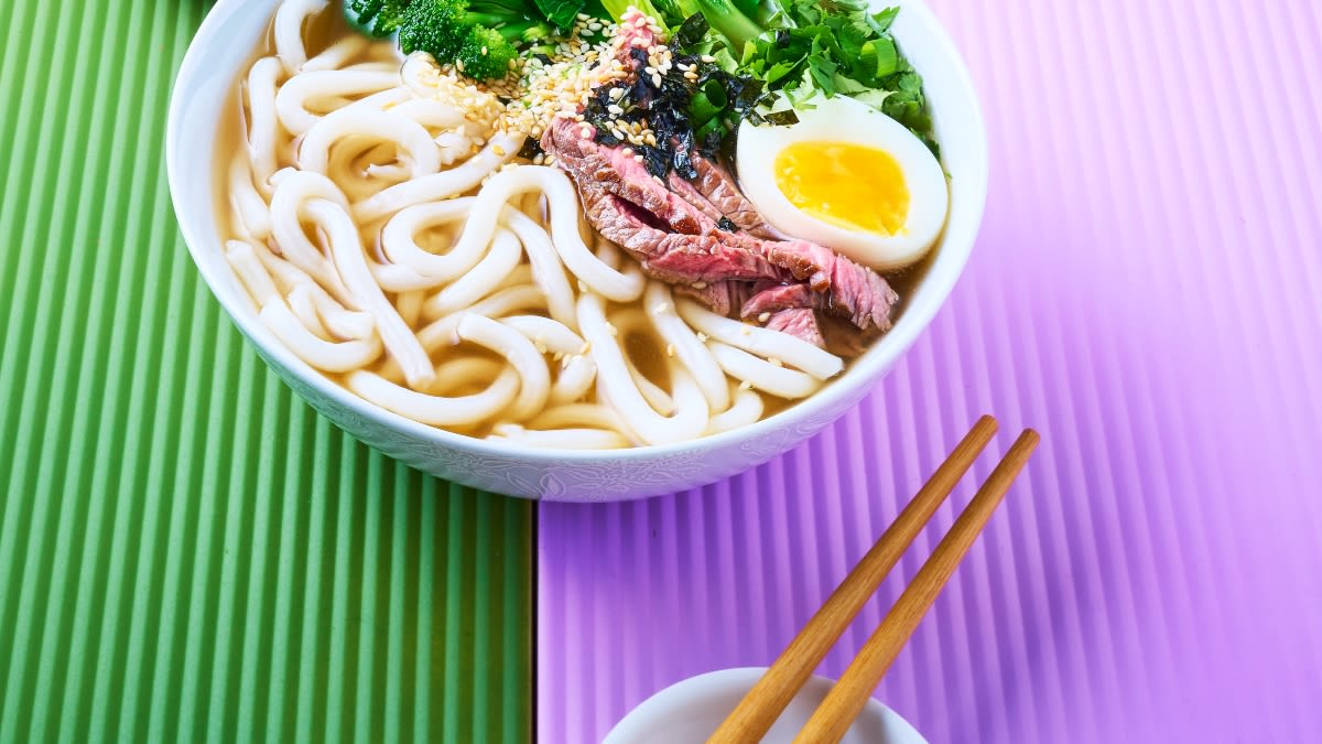 Japoniška ramenų sriuba su jautiena