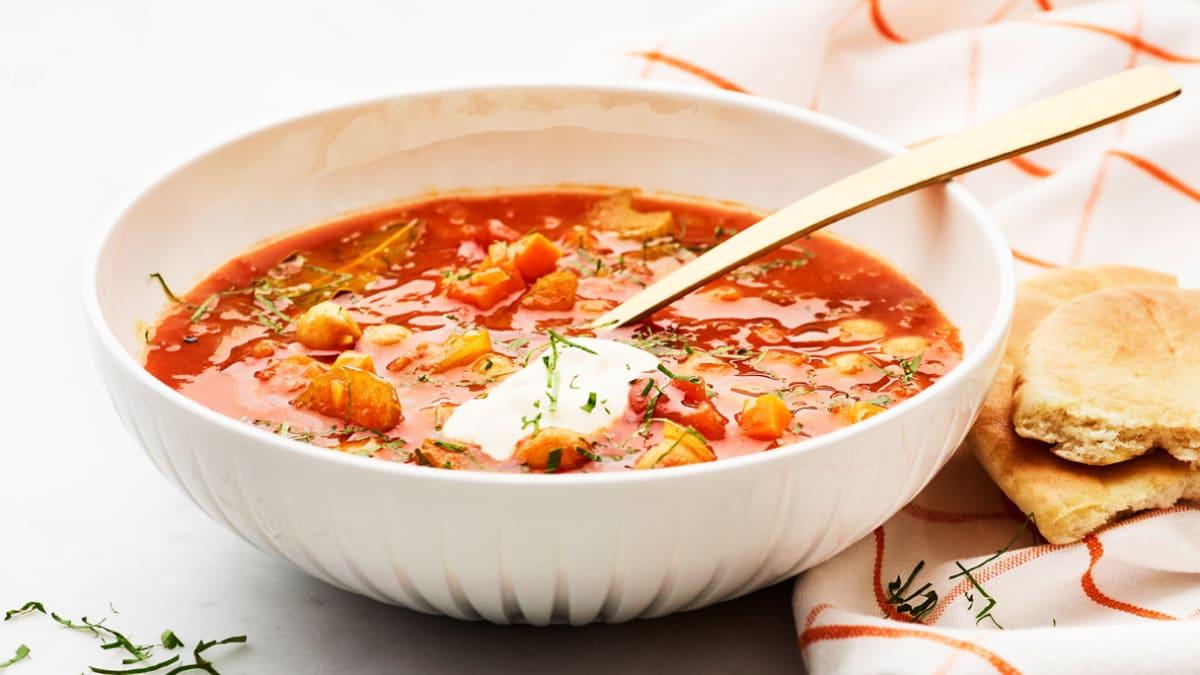 Marokietiška harira sriuba su jogurtu