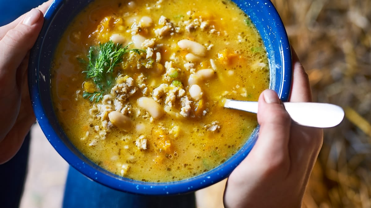 Aštri vištienos ir moliūgų sriuba