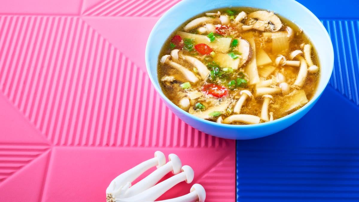 Rūgšti sriuba su bambukų ūgliais