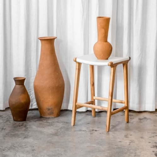 Lily Vessel - Terracotta