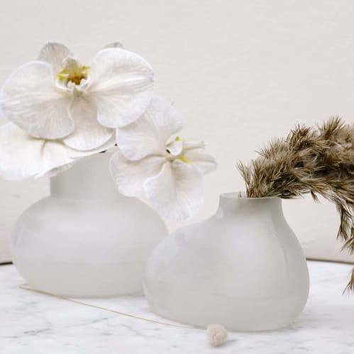 Bulb Vase Orb - Frost