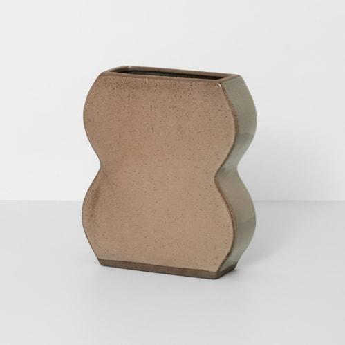 Form Vase Small - Mocha