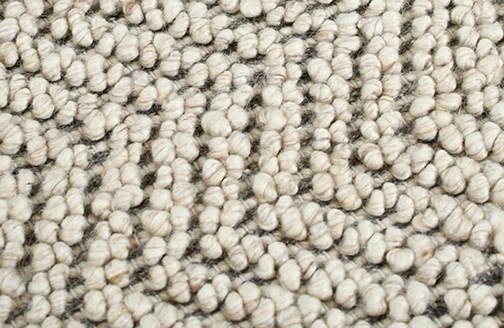 Caspian Rug - Beige 250cm x 350cm - <p>Small Details</p>