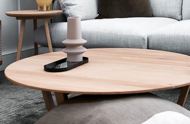 Form Coffee Table - Oak - A sleek profile