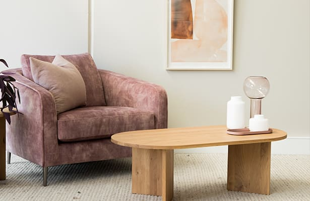 Edge Oval Coffee Table - Oak - A stunning contrast