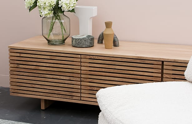 Linear Entertainment Unit 180cm - Oak - An Iconic Design