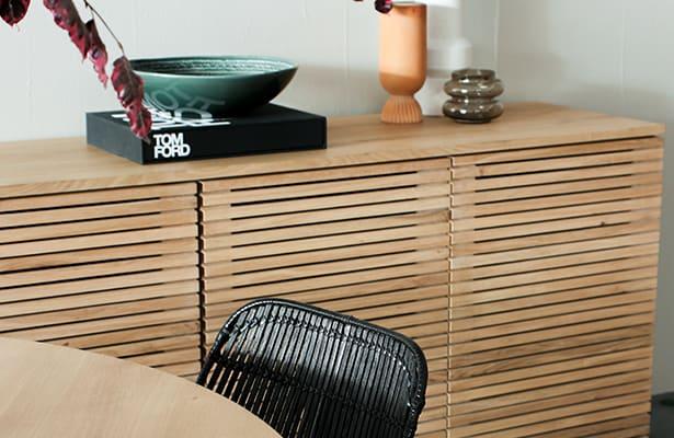 Linear Sideboard 160cm - Oak - An Iconic Design