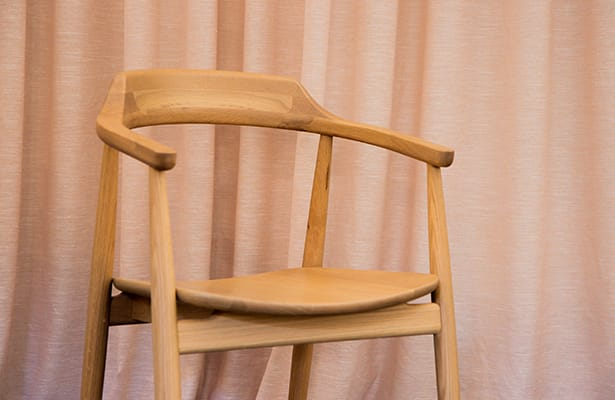 Profile Dining Chair - Oak - The Best of Both Worlds