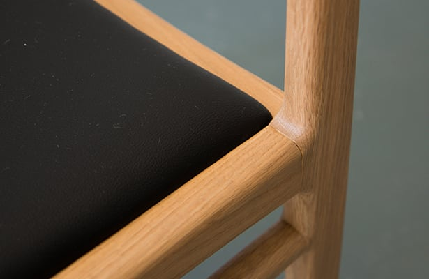 Eclipse Dining Chair - Oak - The Best of Both Worlds