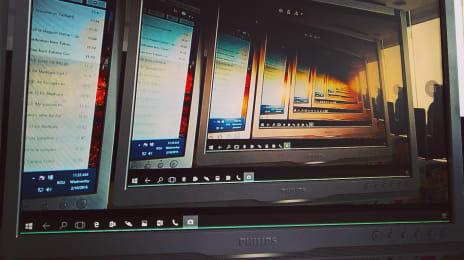 În Continuum, camera foto funcționează normal și am fotografiat ecranul în timp ce-l priveam